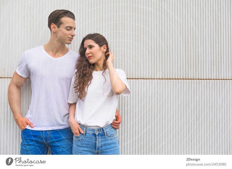 Frau Mensch Jugendliche Mann Junge Frau schön Junger Mann Erotik 18-30 Jahre schwarz Erwachsene Lifestyle Liebe feminin Holz Stil