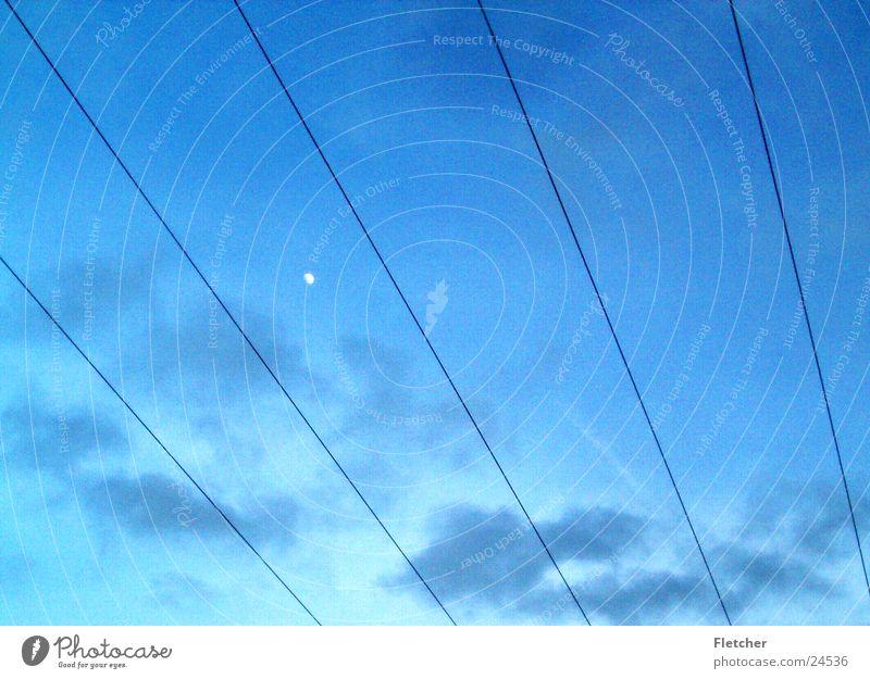 Strom Himmel Wolken Energiewirtschaft Elektrizität Technik & Technologie Kabel Mond Draht Leitung Plus Elektrisches Gerät