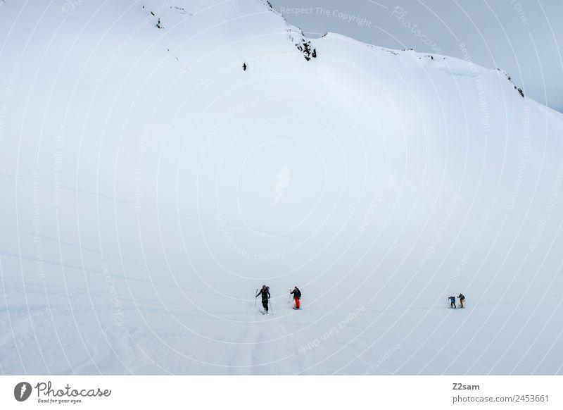 Skitour | Aufstieg | Arlberg | Österreich Ferien & Urlaub & Reisen Tourismus Abenteuer Winter Berge u. Gebirge Skifahren Menschengruppe Natur Landschaft