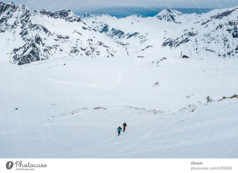 Aufstieg | Freeride | Arlberg Ferien & Urlaub & Reisen Tourismus Abenteuer Winterurlaub Berge u. Gebirge Skitour Menschengruppe Natur Landschaft Wolken Schnee