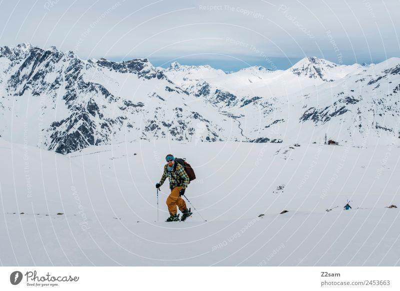 Aufstieg | Arlberg | Freeride Ferien & Urlaub & Reisen Abenteuer Winterurlaub Berge u. Gebirge Skier Junger Mann Jugendliche 30-45 Jahre Erwachsene Natur
