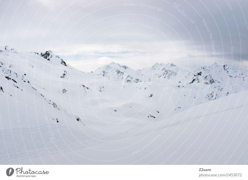 Arlberg | Österreich Umwelt Natur Landschaft Winter schlechtes Wetter Eis Frost Schnee Alpen Berge u. Gebirge Schneebedeckte Gipfel dunkel kalt trist Abenteuer