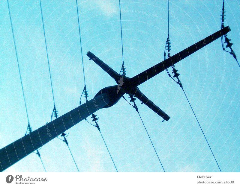 Strom2 Himmel Wolken Energiewirtschaft Elektrizität Technik & Technologie Kabel Draht Leitung Plus Elektrisches Gerät