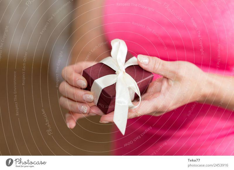 Das Geschenk Frau Mensch Erwachsene Liebe feminin rosa ästhetisch Schnur Zeichen Hochzeit Knoten Schleife Ornament