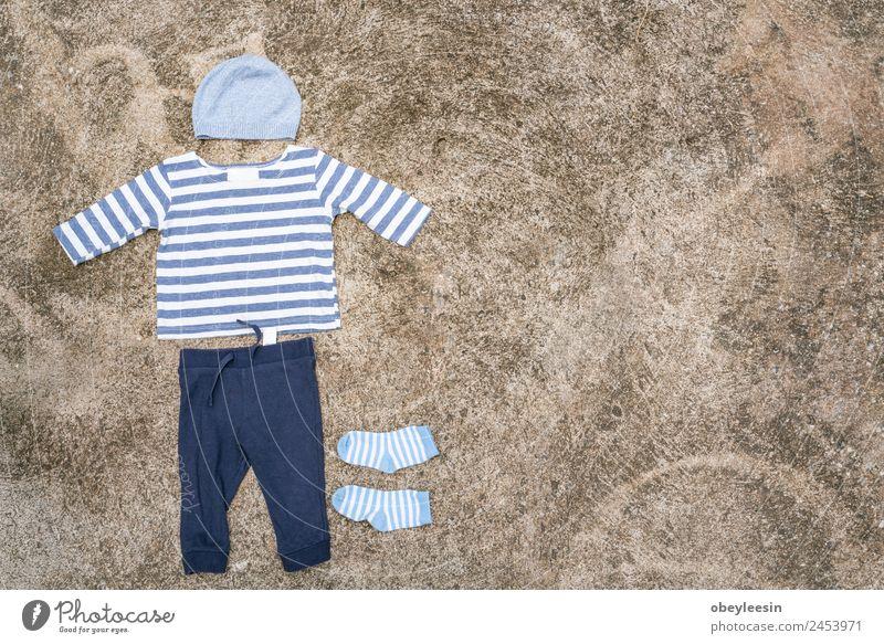 Kind blau weiß Freude Leben lustig Familie & Verwandtschaft Stil Junge klein Mode Linie dreckig Baby Bekleidung niedlich
