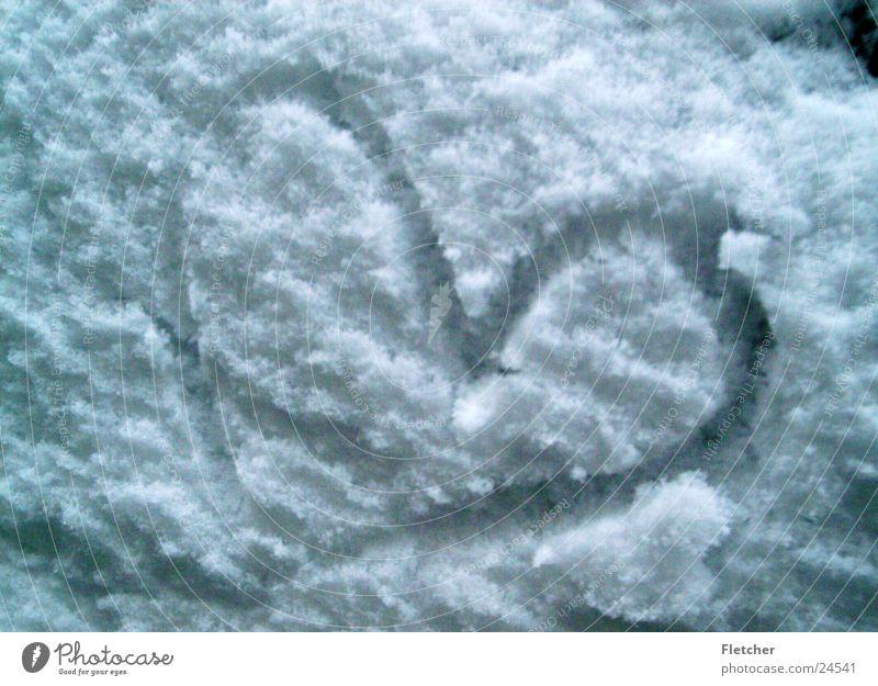 Schneeherz weiß Liebe kalt Herz Flocke