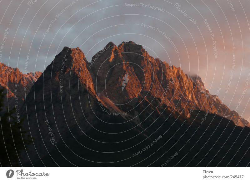 Zwölferkopf und Waxenstein Natur schön Ferien & Urlaub & Reisen Freiheit Umwelt Berge u. Gebirge Kraft Felsen groß ästhetisch wild einzigartig Urelemente Alpen Gipfel stark