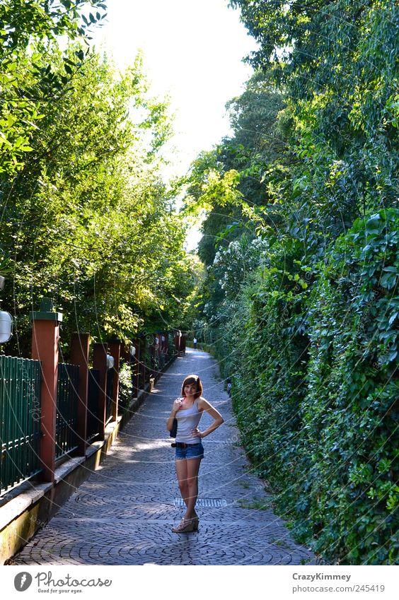 Staying in Italy grün Sommer Ferien & Urlaub & Reisen ruhig Leben Bewegung Stil Zufriedenheit Ausflug frisch Fröhlichkeit natürlich stehen authentisch einfach