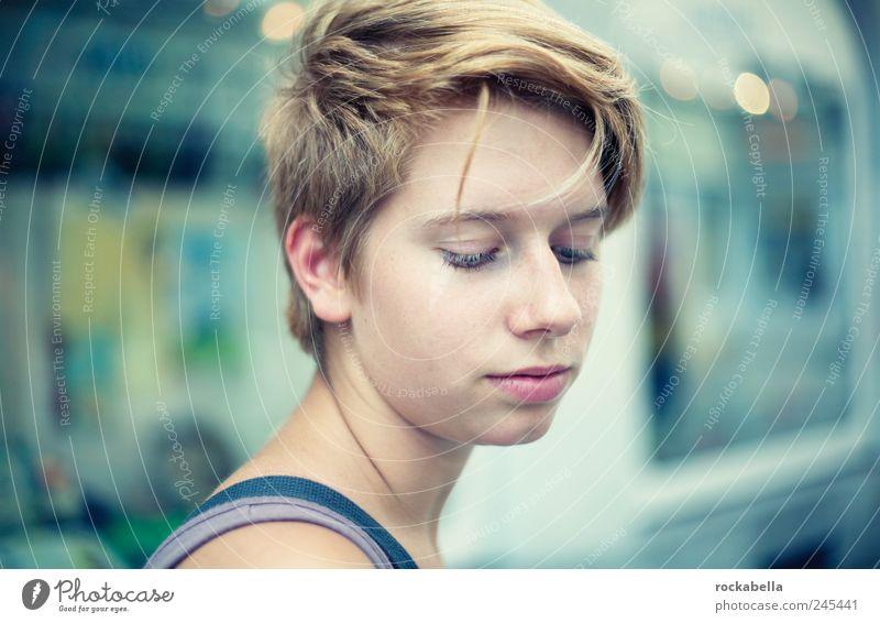 get deep. Mensch Jugendliche schön feminin Gefühle Erwachsene träumen Stimmung ästhetisch authentisch Hoffnung dünn Leidenschaft 18-30 Jahre Interesse