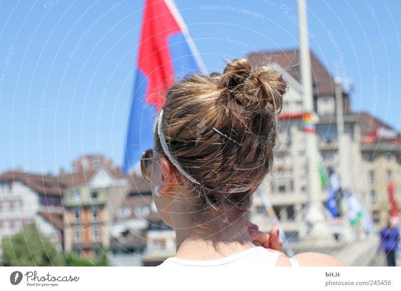 mitllere Brücke - Basel Mensch Ferien & Urlaub & Reisen Jugendliche Stadt schön Junge Frau Haus Architektur feminin Stil Glück Lifestyle Haare & Frisuren Kopf