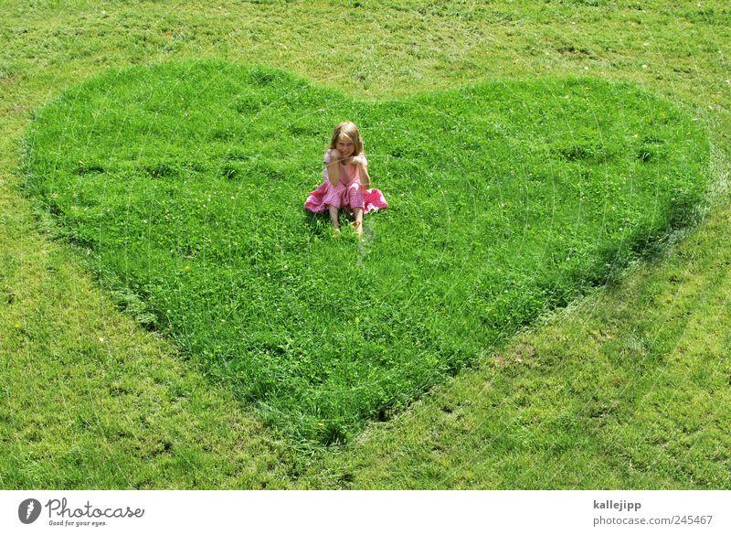 ein herz für kinder Garten Mensch Mädchen Kindheit Leben 1 8-13 Jahre Park Wiese Zeichen Herz hocken sitzen Liebe Schutz Vertrauen Fürsorge nachhaltig