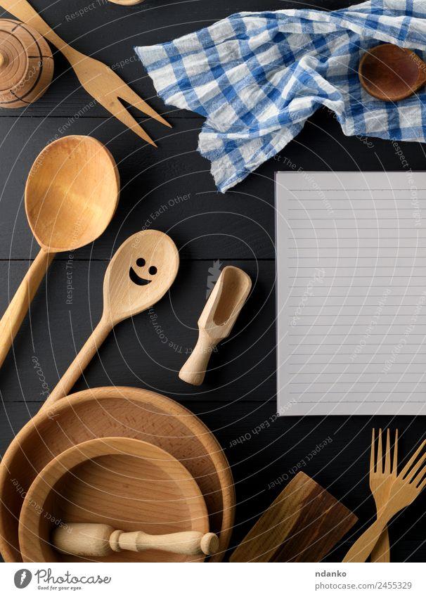 weiß schwarz Holz braun oben retro offen Tisch Papier Küche Tradition Werkzeug Schneidebrett Haushalt Löffel Besteck