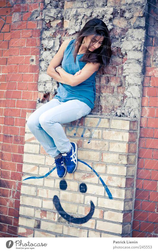 Stella Cruz   Smile Frau Mensch Jugendliche blau Erwachsene feminin Wand Graffiti Haare & Frisuren Stil Mauer Beine Kunst elegant sitzen Design