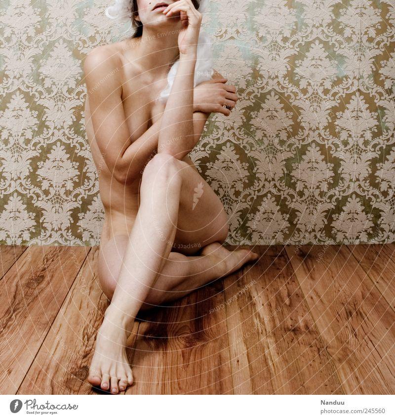 Semi-Barock² Frau Mensch feminin nackt Körper Erwachsene sitzen retro Tapete Parkett verwundbar Perücke Tapetenmuster 30-45 Jahre