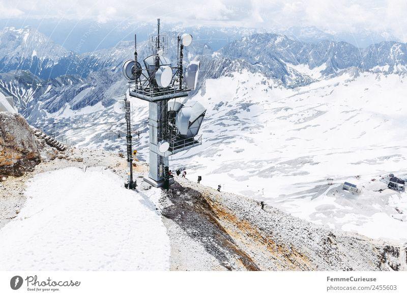 Hikers climbing the Zugspitze - aerial view Natur Abenteuer Expedition Reisefotografie Ferien & Urlaub & Reisen Abenteurer wandern Ausflugsziel Schnee Alpen