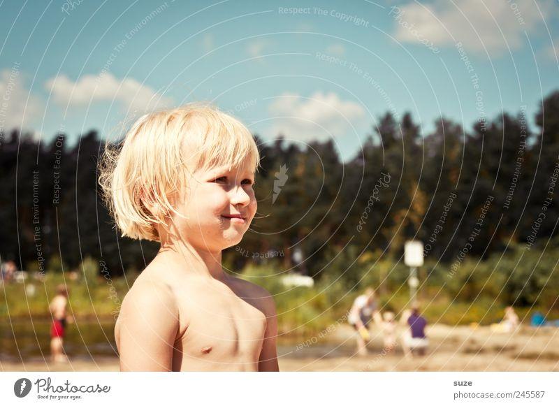 Sommakind Haare & Frisuren Ferien & Urlaub & Reisen Mensch Kind Junge Kindheit Haut Kopf Gesicht 1 3-8 Jahre Himmel Wolken Baum Seeufer blond stehen klein