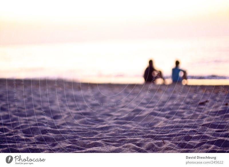 Wir und das Rauschen des Meeres Mensch Wasser Ferien & Urlaub & Reisen ruhig Erwachsene Erholung Ferne Liebe Landschaft Leben Freiheit Küste Glück Paar