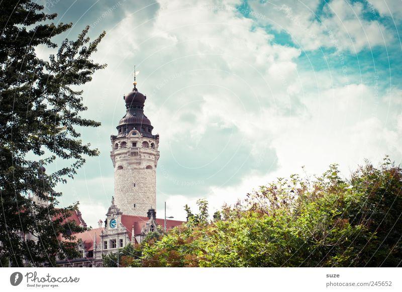 Rathaus Himmel grün Baum Wolken Umwelt Architektur Sträucher Turm Kultur fantastisch historisch Leipzig Wahrzeichen Sightseeing Sachsen