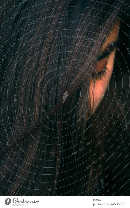 Stella Cruz | Simplify schön Haare & Frisuren Gesicht Zufriedenheit demütig Mensch feminin Junge Frau Jugendliche Erwachsene Kopf Auge 1 18-30 Jahre langhaarig
