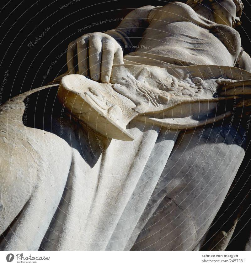 La grande bellezinna Handwerker Rom Bauwerk Architektur Balkon Sehenswürdigkeit Denkmal Stein Gefühle Kultur Kunst Erotik Farbfoto Lichterscheinung Sonnenlicht