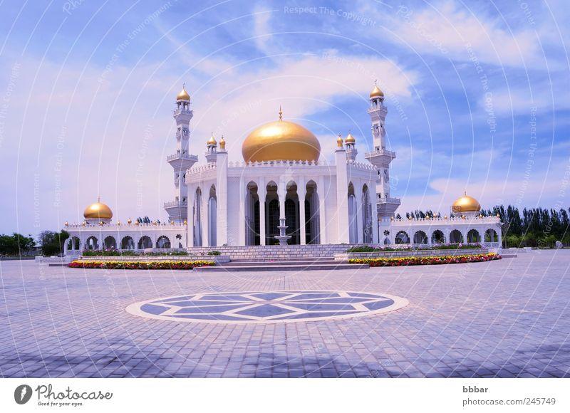Himmel weiß blau Sommer Wolken Landschaft Architektur Gebäude Religion & Glaube gold Platz Tourismus Turm Kultur Mitte Asien