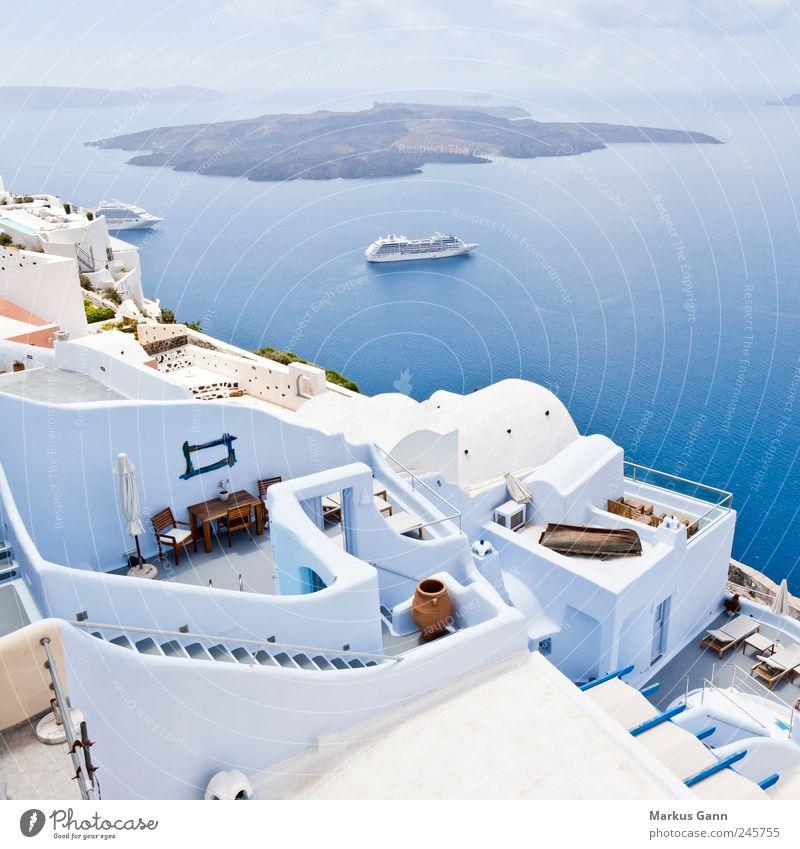 Santorini Himmel Wasser blau weiß Sommer Ferien & Urlaub & Reisen Meer Wolken Ferne Erholung Landschaft Wasserfahrzeug Zufriedenheit Tourismus Insel Europa