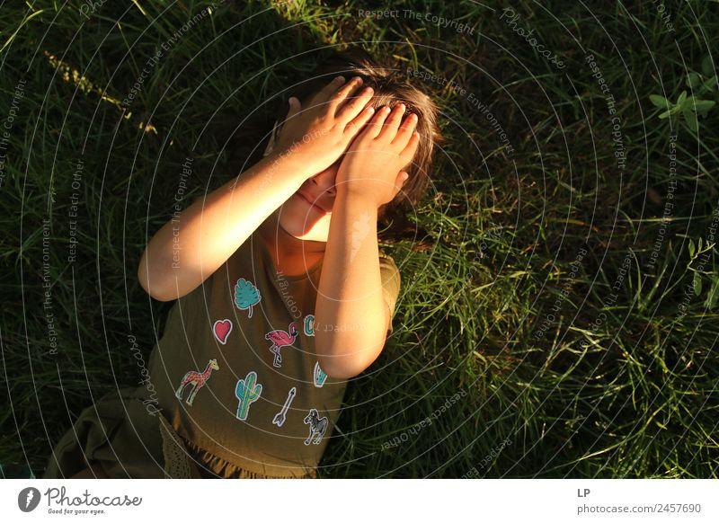Kind Mensch Erwachsene Leben sprechen Senior Gefühle Familie & Verwandtschaft Stimmung Angst träumen Kindheit Erfolg gefährlich Hoffnung Glaube