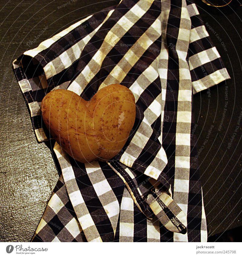 heiße Kartoffel Leben Liebe lustig Stil Holz außergewöhnlich braun liegen Wachstum Dekoration & Verzierung ästhetisch Ernährung Tisch Herz einfach Kultur