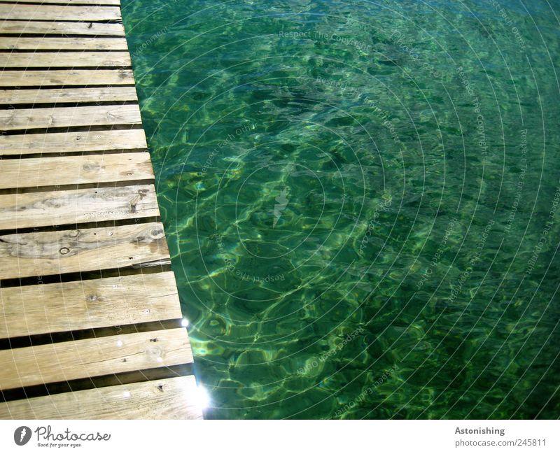 Steg Umwelt Wasser Wetter Schönes Wetter Wellen Küste Meer kalt nass blau braun Ferien & Urlaub & Reisen Kroatien Medulin Mittelmeer grün Holz
