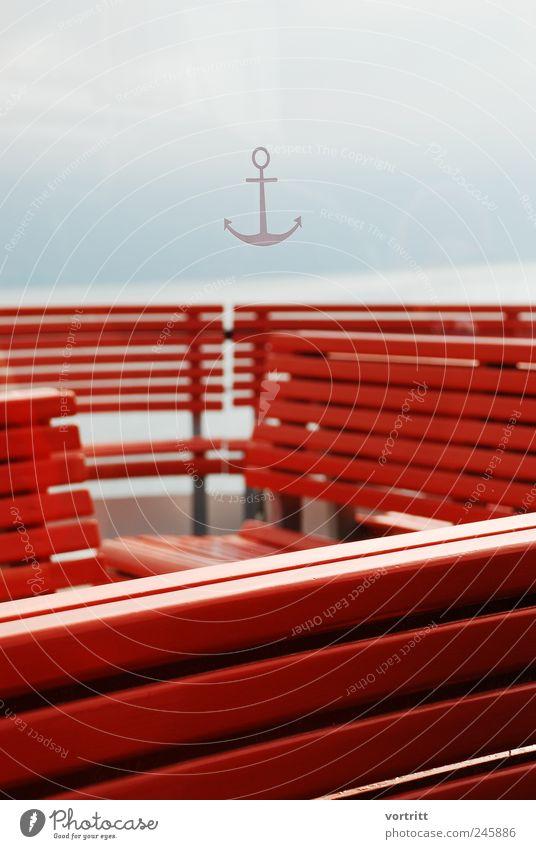 Ahoi Verkehrsmittel Schifffahrt Dampfschiff Anker An Bord Holz rot Bank Himmel Schiffsdeck See Nebel Strukturen & Formen Farbfoto Gedeckte Farben Außenaufnahme