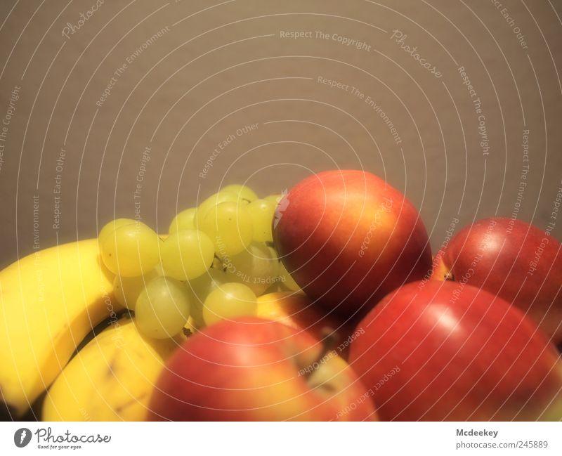 Saft Mix Lebensmittel Frucht Apfel Banane Weintrauben Nektarine Ernährung Büffet Brunch Picknick Bioprodukte Vegetarische Ernährung authentisch frisch hell