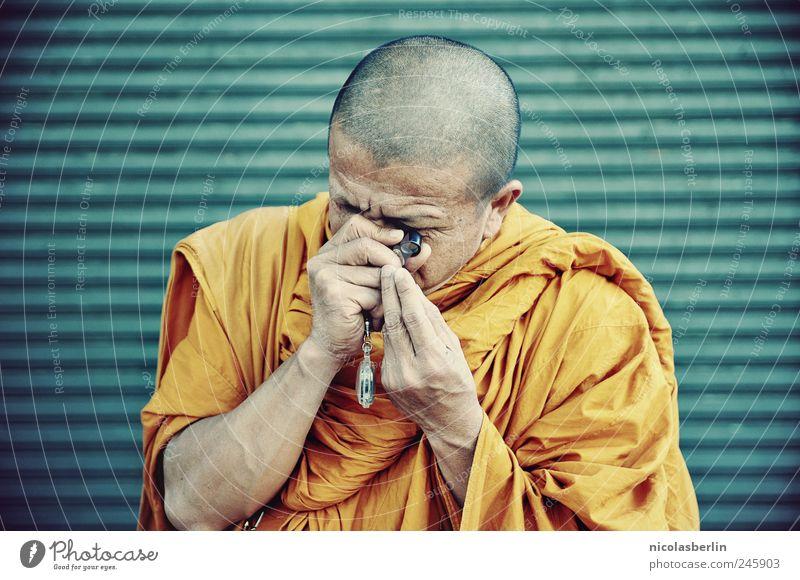 ob der echt ist? Mensch ruhig Farbe Religion & Glaube Tourismus maskulin außergewöhnlich Neugier geheimnisvoll Schmuck Kontrolle Glaube Handel exotisch Asien Thailand