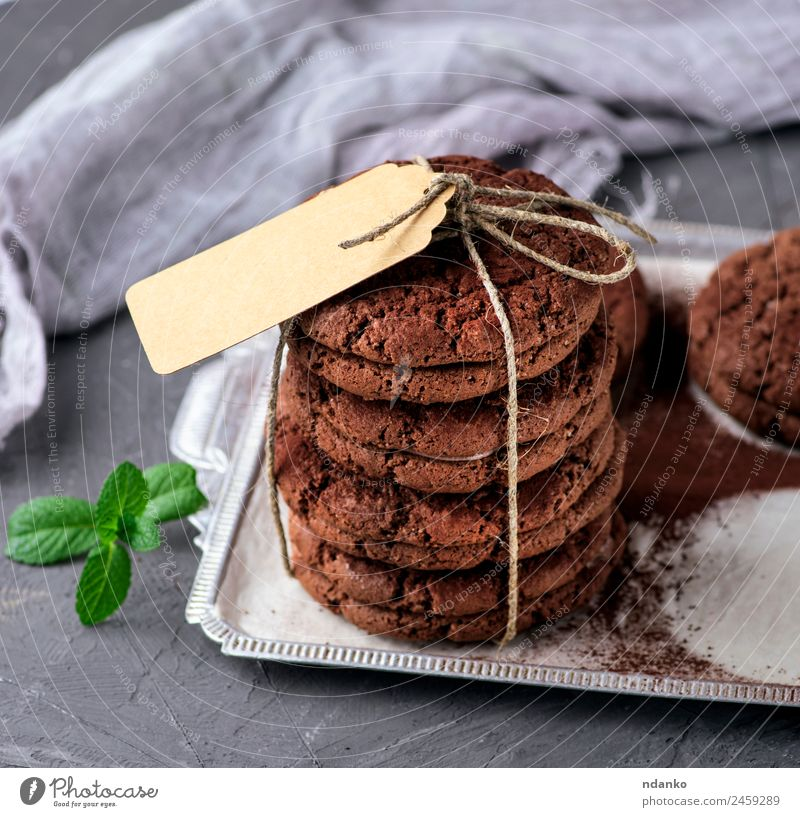 runde Schokoladenplätzchen Dessert Süßwaren Frühstück Diät Papier Essen lecker braun Jeton Keks Hintergrund Lebensmittel süß geschmackvoll Snack Anhäufung