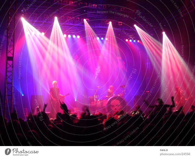 aerzte in concert ² Konzert Musik Rockmusik Gitarre Scheinwerfer Schnur Musikinstrument Punk Klang loudness die ärzte rod bela farin