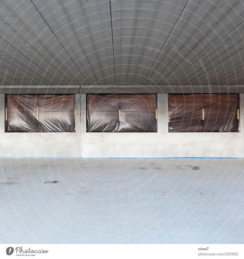 U-Bahn Ferne Wand Fenster Mauer Linie Fassade Beton Ordnung frei modern ästhetisch Streifen Innenarchitektur Häusliches Leben authentisch Baustelle