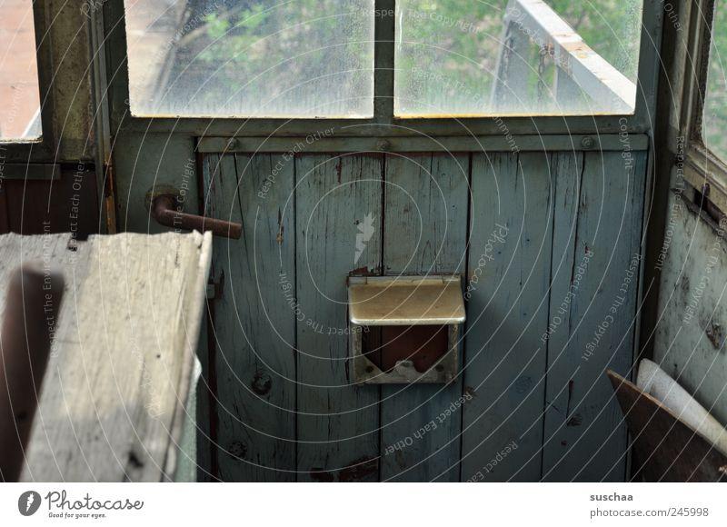 hütte .. Fenster Beton Wandel & Veränderung Vergänglichkeit Verfall Vergangenheit Hütte Ruine Durchblick sparsam