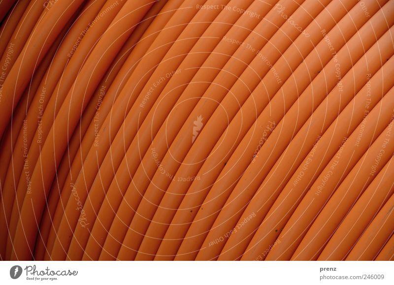 plastikdesign Linie braun Kabel Kunststoff Röhren Leitung aufgewickelt