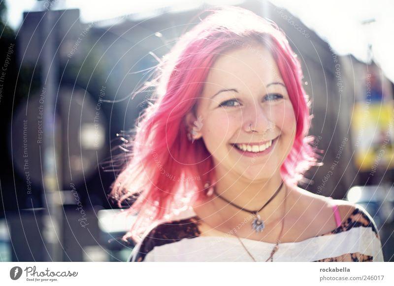 juicy. Mensch Freude feminin Glück Zufriedenheit Fröhlichkeit ästhetisch Freundlichkeit Lebensfreude Punk Begeisterung rothaarig Euphorie