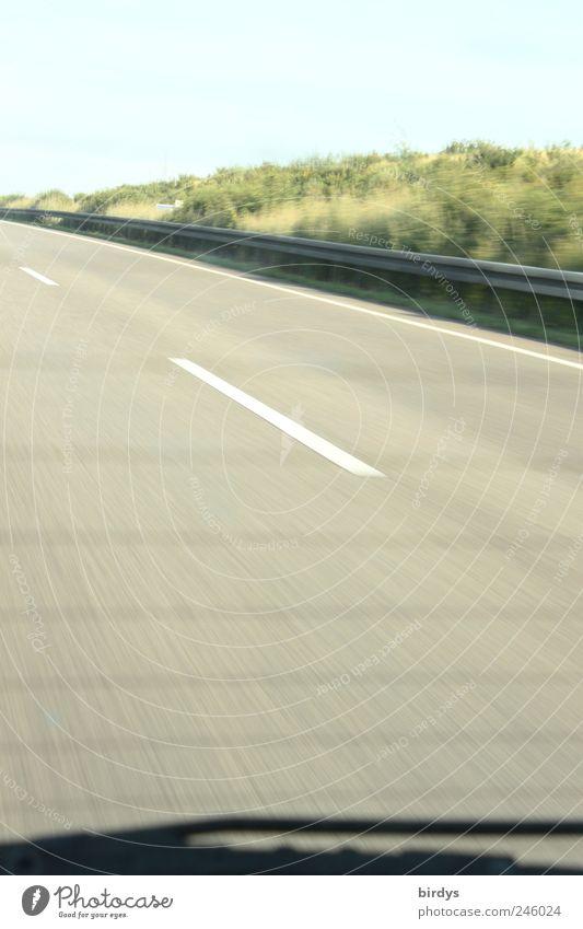 Leaving Berlin / La Chamanvier Ferien & Urlaub & Reisen Sommer Straße Bewegung PKW Linie frei Geschwindigkeit fahren Schönes Wetter Autobahn Autofahren Fernweh