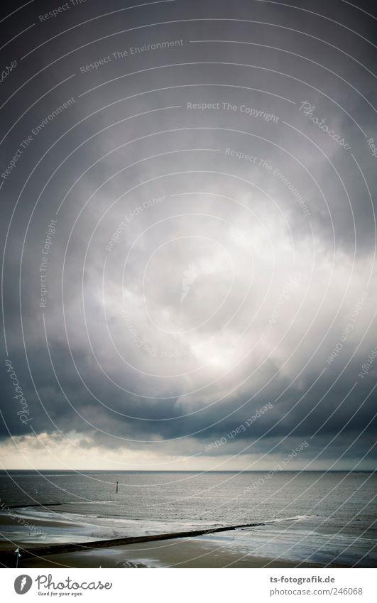 Hartnäckige Schleierwölkchen Himmel Wasser Strand Ferien & Urlaub & Reisen Wolken dunkel grau Landschaft Luft Küste Wellen Wetter Wind Horizont Tourismus