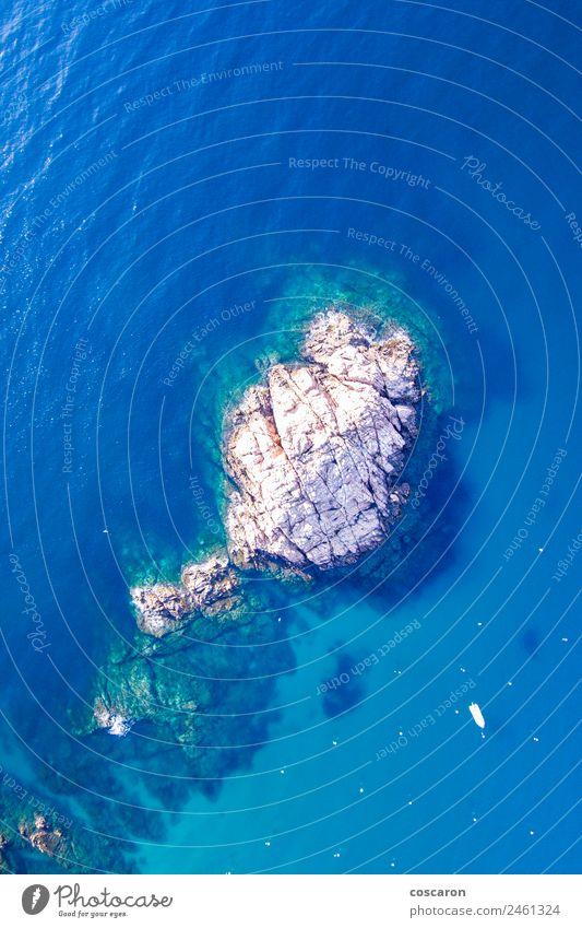 Luftaufnahme von Felsen an der Küste der Costa Brava, Spanien. schön Ferien & Urlaub & Reisen Tourismus Sommer Strand Meer Natur Landschaft Wasser Himmel