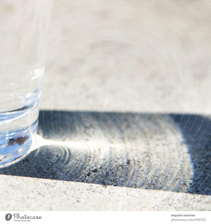 concrete water Lebensmittel Getränk trinken Erfrischungsgetränk Trinkwasser Glas Sonnenlicht Sommer Schönes Wetter Stein Wasser blau weiß Farbfoto