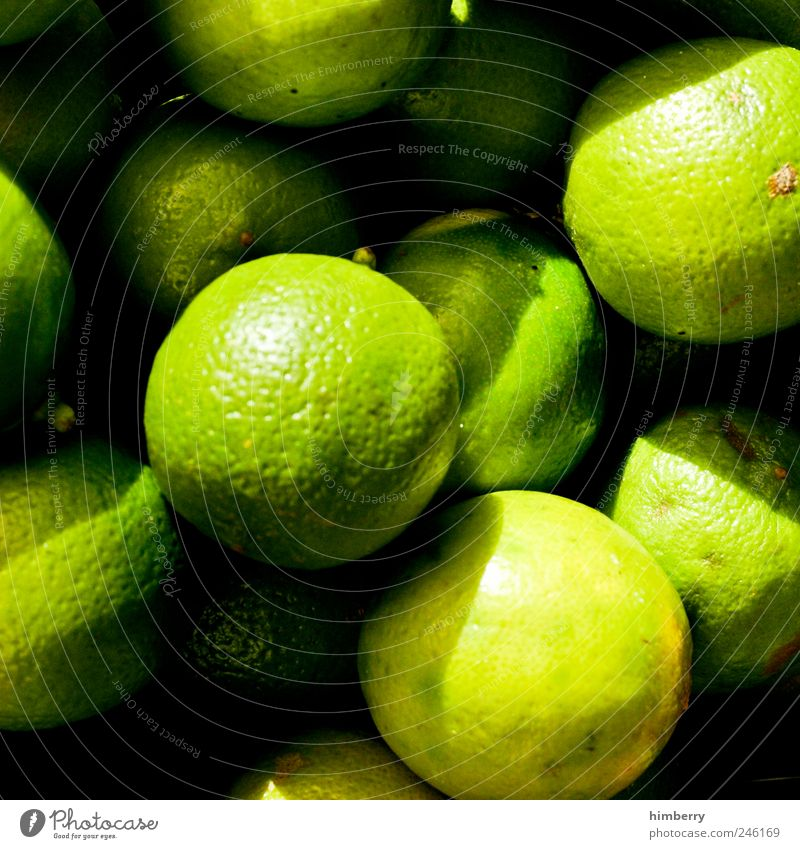 lemoncase Lebensmittel Frucht Dessert Ernährung Bioprodukte Vegetarische Ernährung Erfrischungsgetränk Limonade Saft Alkohol Longdrink Cocktail Lifestyle schön