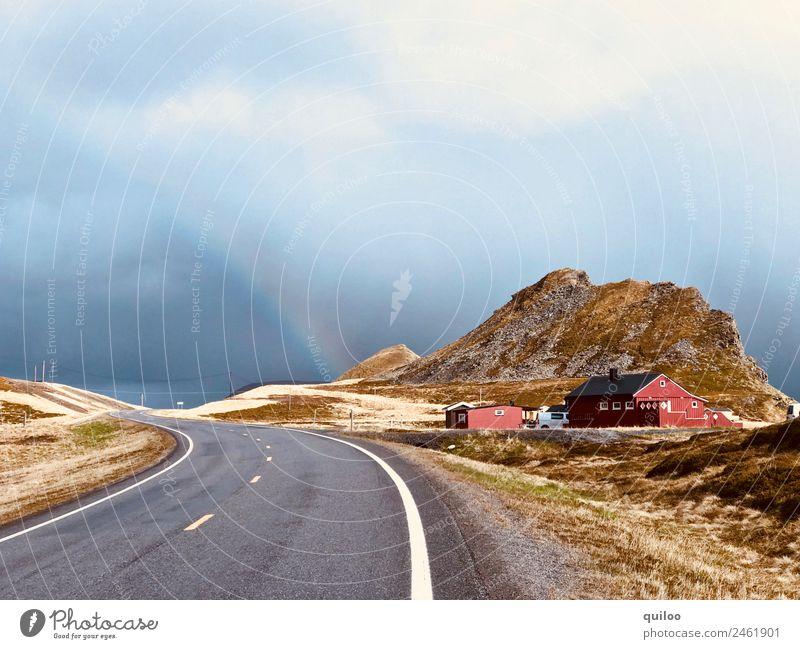Horizont Umwelt Landschaft Wolken schlechtes Wetter Regen Hügel Verkehrswege Straße Streifen bedrohlich frei kalt blau gelb gold rot Einsamkeit Freizeit & Hobby