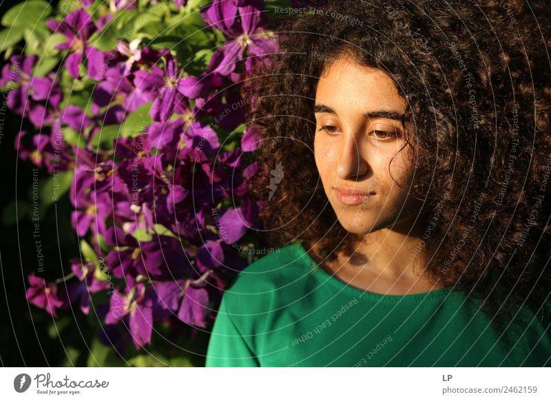 Melancholie Lifestyle Stil schön Wellness Wohlgefühl Zufriedenheit Sinnesorgane Erholung ruhig Meditation Mensch Junge Frau Jugendliche Eltern Erwachsene