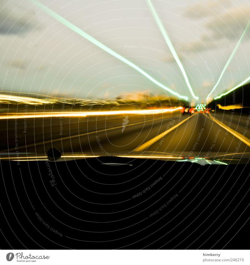 vanishing point Stadt Straße Gefühle Bewegung Wege & Pfade PKW Stimmung Kunst Verkehr Geschwindigkeit Energiewirtschaft Lifestyle Zukunft Güterverkehr & Logistik Kitsch Autobahn