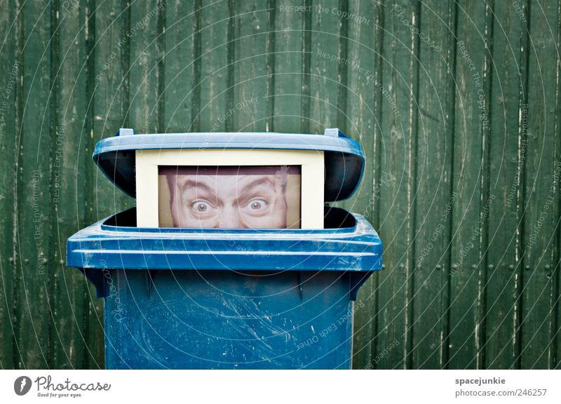 Datenmüll Mensch Mann blau grün Erwachsene Auge Kopf außergewöhnlich maskulin Energiewirtschaft bedrohlich Telekommunikation Internet Kreativität Medien gruselig