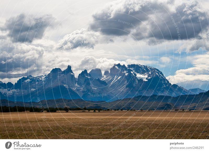 Natur Ferien & Urlaub & Reisen schön Sommer Landschaft Wolken Ferne kalt Berge u. Gebirge Umwelt Gefühle Tourismus Wind Klima Urelemente Klettern