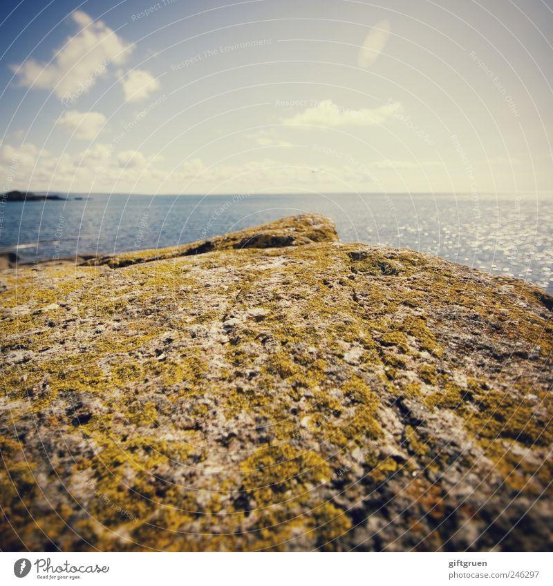 we just have to wait and see Umwelt Natur Landschaft Urelemente Wasser Himmel Wolken Horizont Sommer Wetter Schönes Wetter Wellen Küste Meer Insel natürlich