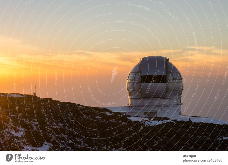 Astrophysikalisches Observatorium des Roque de los Muchachos Insel Winter Schnee Himmel Teleskop entdecken Abenteuer Gelassenheit Ferien & Urlaub & Reisen ruhig